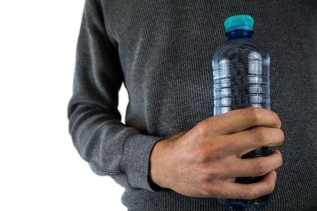 water-bottle-2821977_960_720.jpg