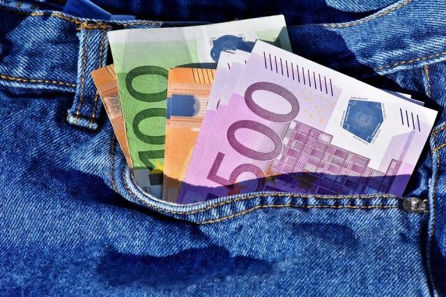 money-3115984_960_720.jpg